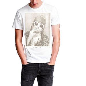 Kurt Cobain Photo Nirvana T-Shirt S M Last NWT